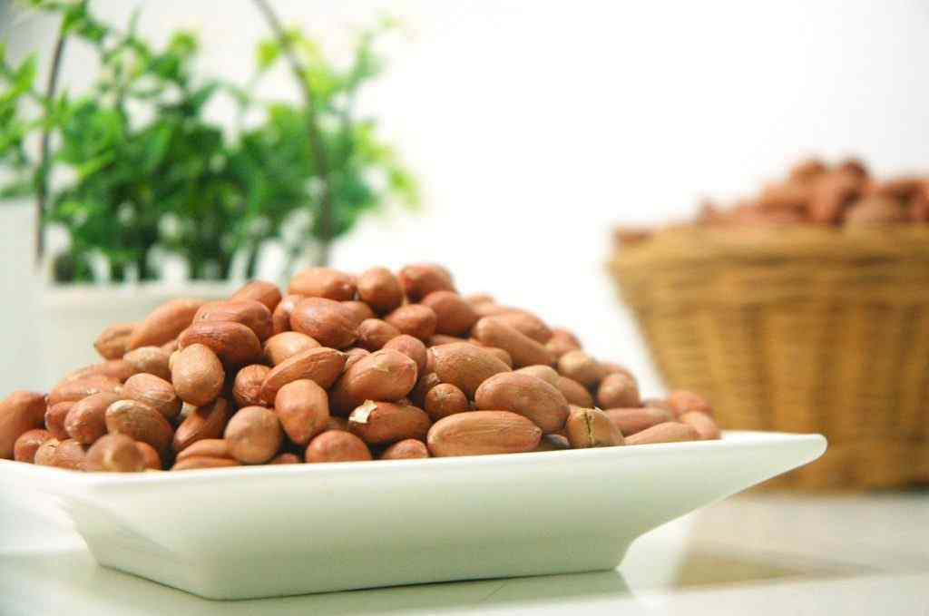 Groundnuts Health Benefits and Nutrition Facts